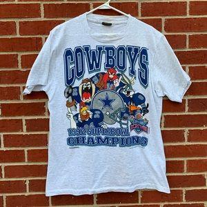 Vintage 1992 Dallas Cowboys Looney Tunes Shirt